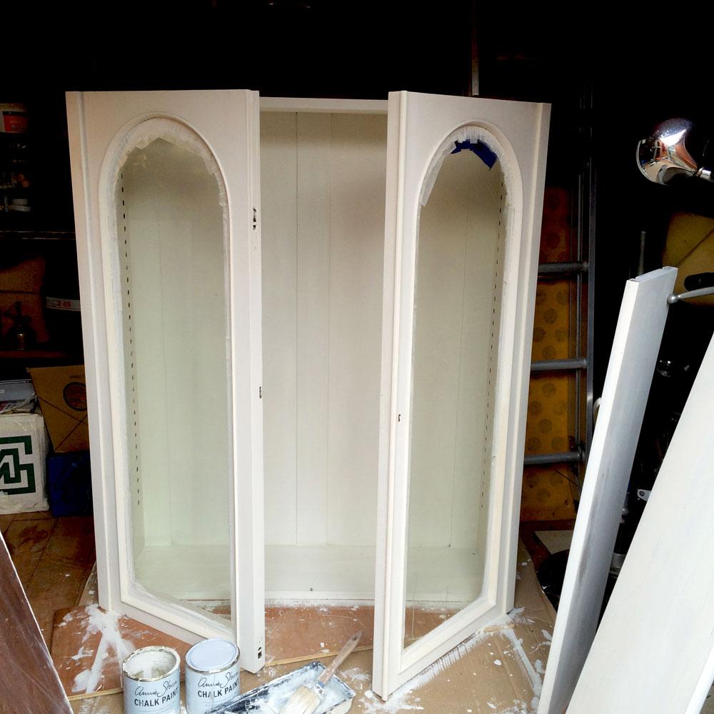 Bookcase-top-white-doors-open