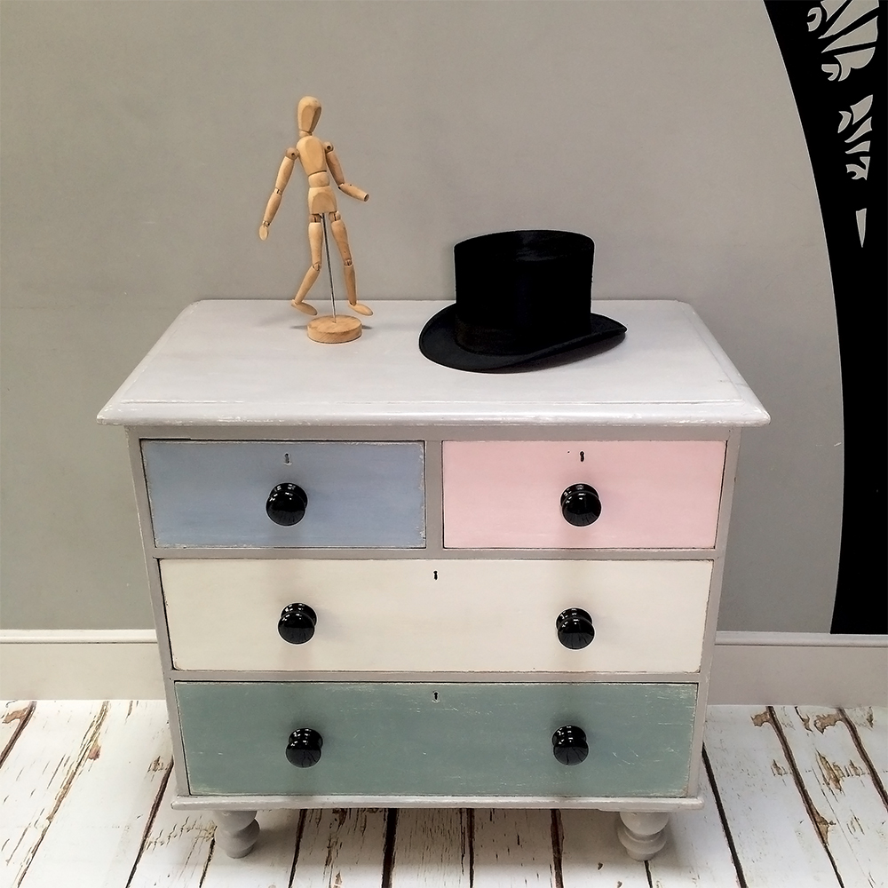 ... painted furniture|shabbychic|shabbydecor|chalkpaint|anniesloan|chest|drawers|chestofdrawers ... & napoleonrockefeller.com | collectables vintage and painted furniture