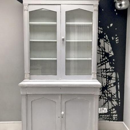 painted bookcase|shabbychic|bookcase|painted furniture|antique bookcase|grey bookcase|storage|shelving|shelf|shelves